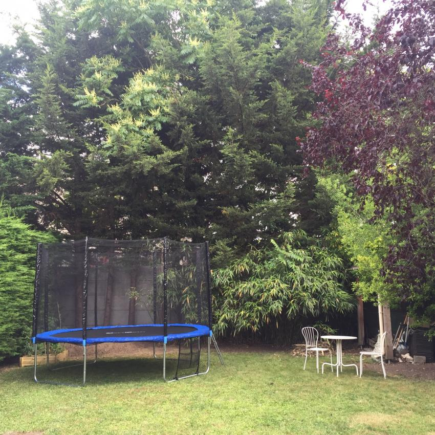 12ft Trampoline With Safety Net & Accessories Kit