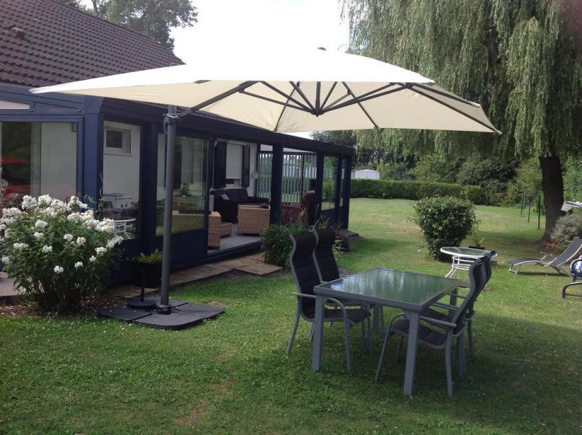sombrilla parasol excentrico rectangular gris 300x400cm. Black Bedroom Furniture Sets. Home Design Ideas